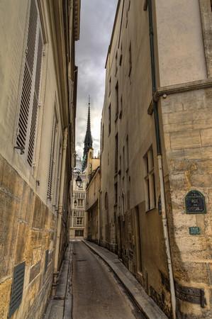 Notre Dame Tour I Notre Dame Tour I