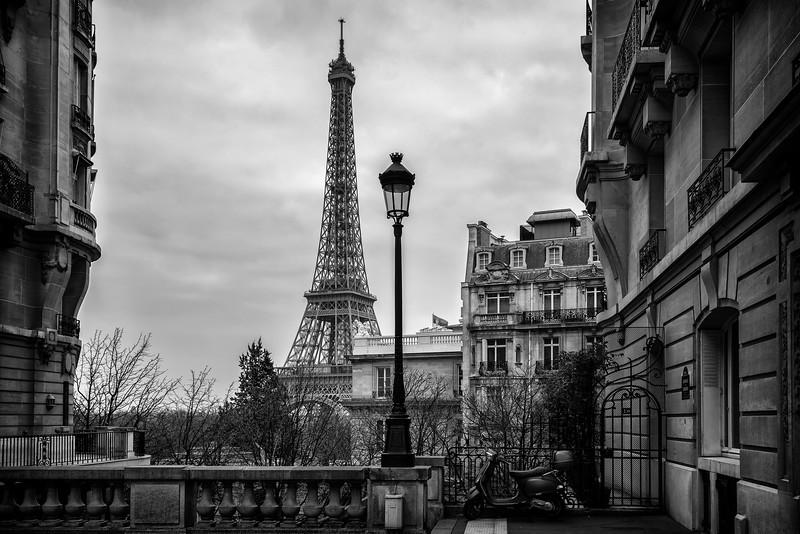 Eiffel Tower Framed (Paris, France)