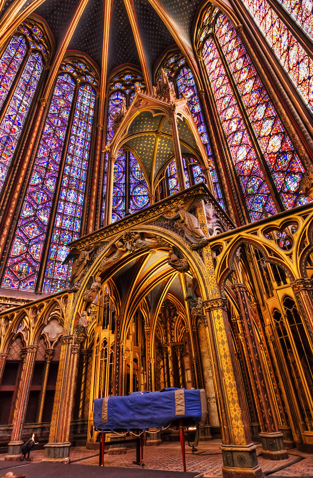 Sainte Chapelle Photo by Roman Betik from the blog http://www.StillGlimmers.com/