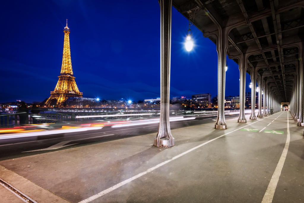 Inception Bridge (Paris, France)
