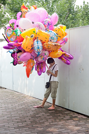 8) Balloon Girl 1