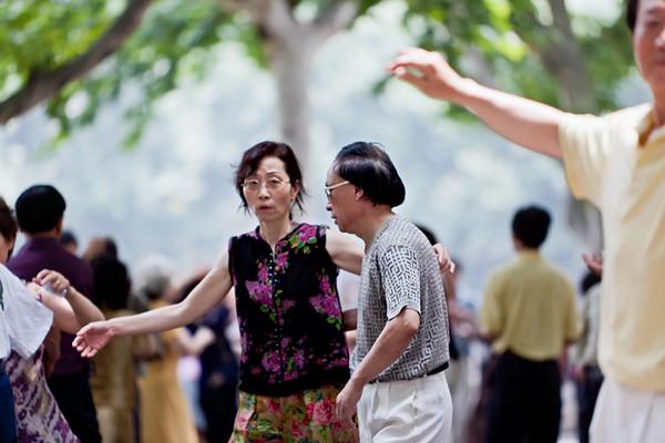 21) Dancing 3