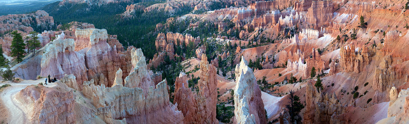 Panorama of Sunrise Point in early morning light at Bryce Canyon National Park in Utah.