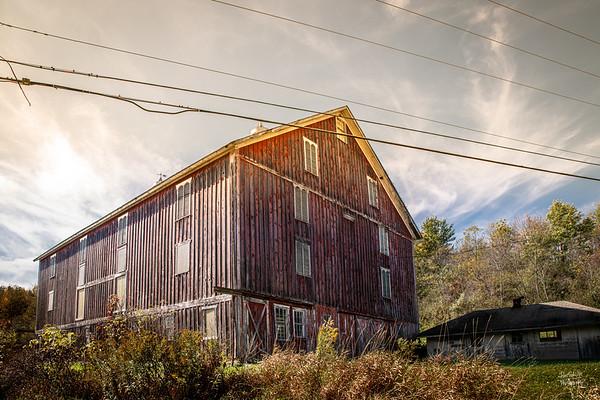 Tomlinson Inn Barn II