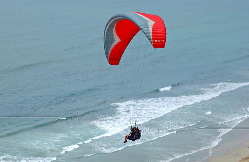 Paragliding over Torrey Pines