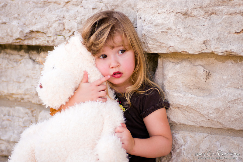 CoBear, Illinois, Kaydance Sneed, Love Hugs Laughter, Pike County, Pittsfield, block wall, brick, child photography, children kids portfolio, cobear, facebook, nebo, outdoor, quiet, teddy bear, thinking, thought, urban