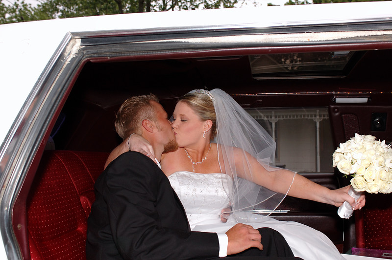 A kiss before the limo ride