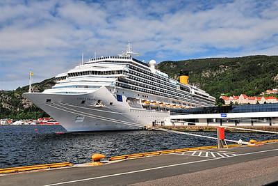 Bergen Harbor / Norway