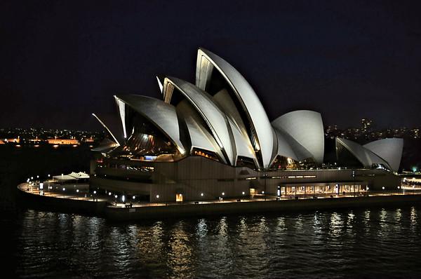 Iconic Opera House - Sydney / Australia