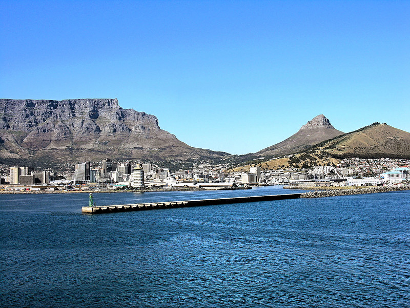 Approaching Cape Town / South Africa
