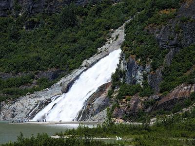 Nugget Falls / Alaska
