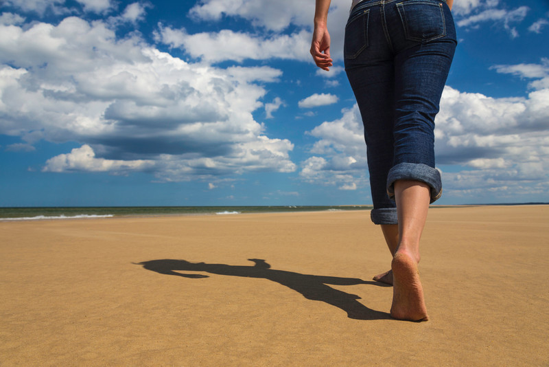 Walking on the sand 2