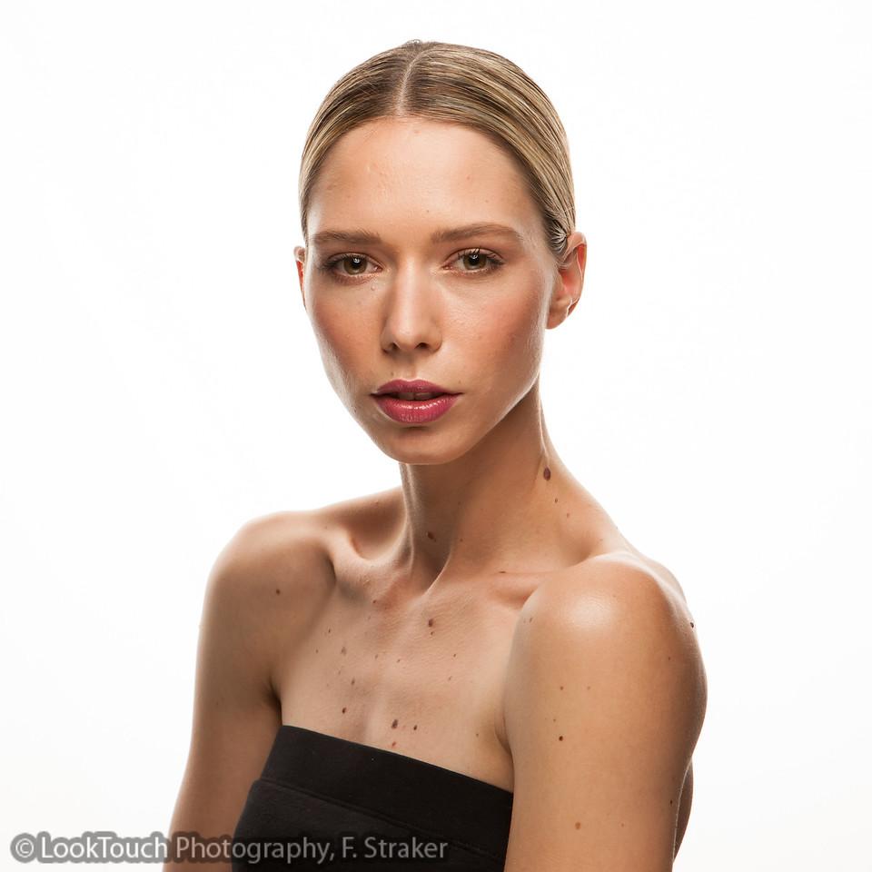 "<p> Model:     <a target=""_blank"" href=""http://deborahfrey.com"">Deborah deborahfrey.com</a><br> Hair and make-up: <a target=""_blank"" href=""http://www.makeitup.ch/de/artisten/valriereding"">Valérie Reding, </a>  <a target=""_blank"" href=""http://www.makeitup.ch/de/artisten/lochauck"">Loïc Hauck</a> <a target=""_blank"" href=""http://www.makeitup.ch/"">(Agentur MakeItUp)</a><br></p>"