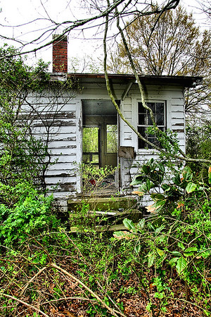 IMG#0100 Original Homestead 75+ years...still standing but vacant and neglected in 2009