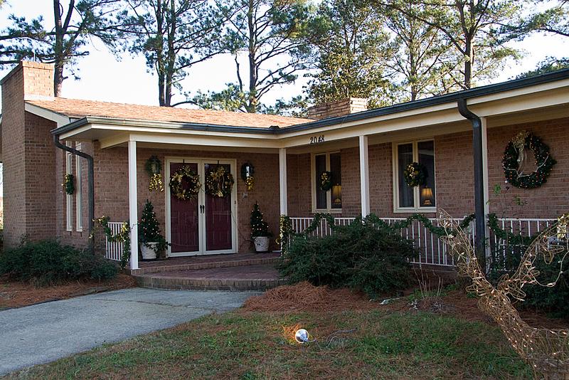 "IMG#7956J  ""Beautiful"" Homes & Gardens..."