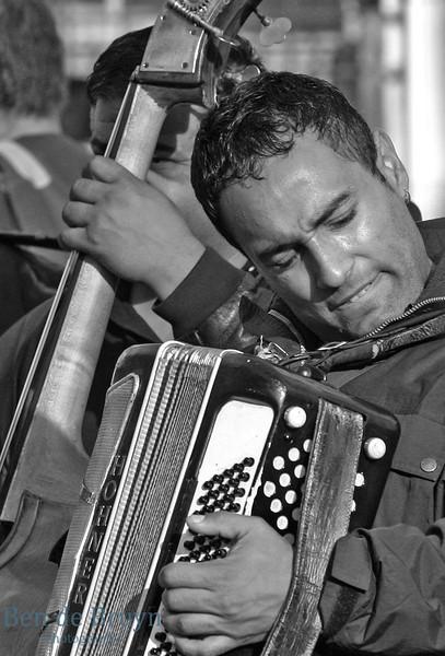 Oct 2010 Geneve playing music 1