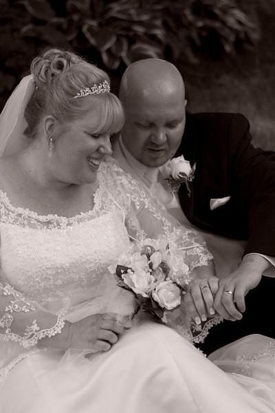<center>WEDDING PHOTO II <i>(2008)</i></center>