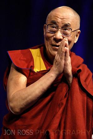 Dalai Lama 2010 | Davie, FL Canon EOS 1D Mark 4 | Canon EF 70-200mm F2.8 L IS USM 1/160s | f/2.8 @ 200mm | ISO 500