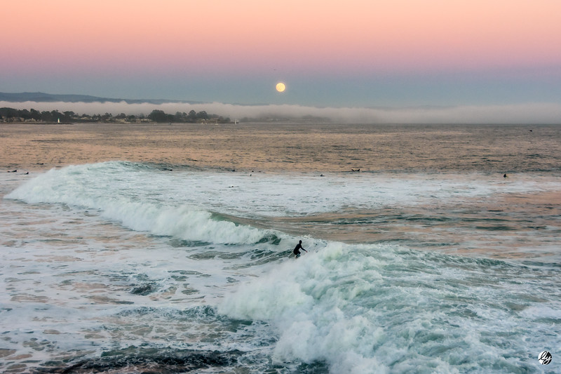 Super Moon Surf