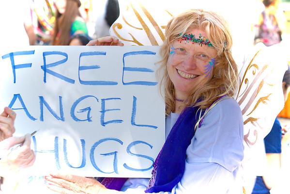 Free Angle Hugs