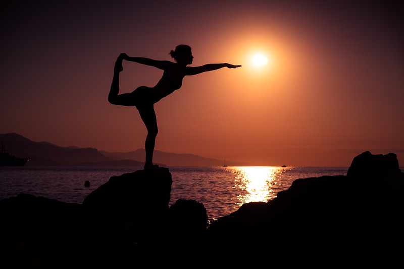 Antibes sunrise yoga