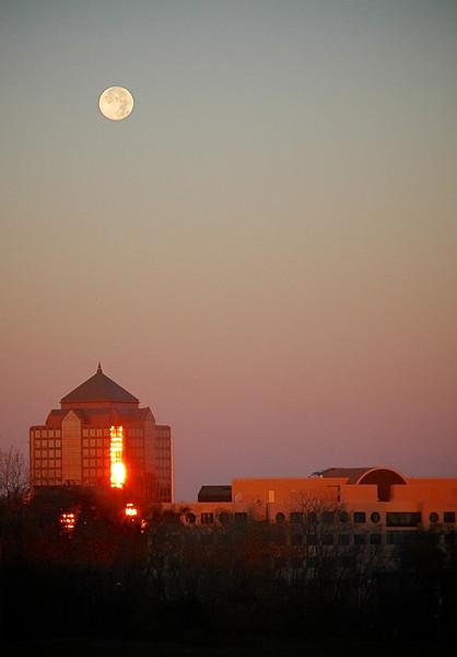 Sun Rising & Moon Setting - Overland Park,, Kansas