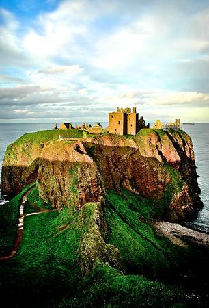 Dunnottar Castle - Stonehaven, Scotland