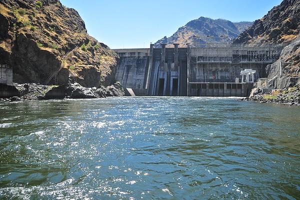 Hells Canyon Dam On The Snake River - Oregon