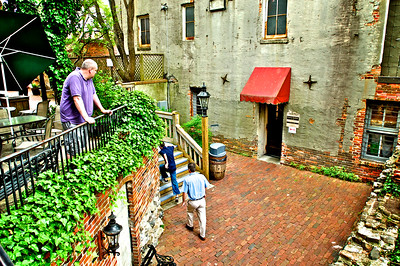 Courtyard at The Cotton Exchange - Wilmington, NC