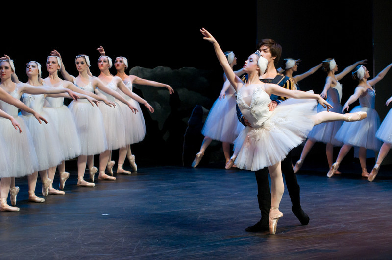 (04/11/14) Skidmore students perform the second act of Swan Lake. Shot for Skidmore College Communications Department.