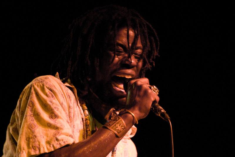 (2007/09/28) Soulive performs at Skidmore College. Shot for Skidmore News.