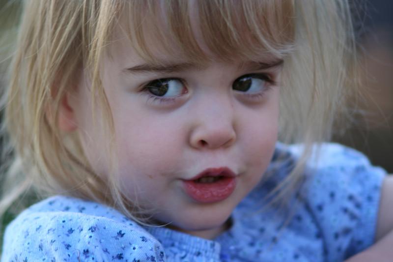 Emily in Auburn using Canon 135 soft focus lens, Soft Focus set to 0, Av = 2.8.