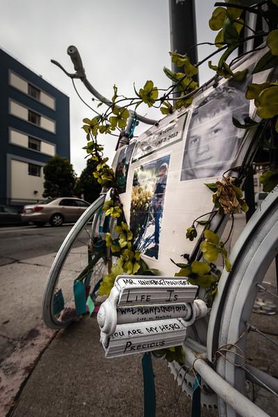 """""""Ghost Bike"""", San Francisco"""
