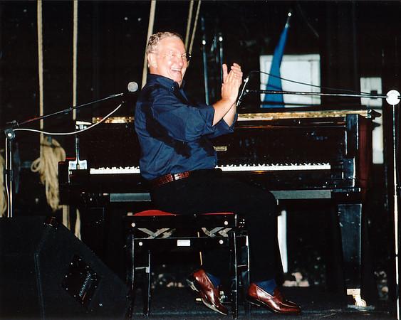 Caçulinha no Teatro Municipal de São Carlos - jun 2003