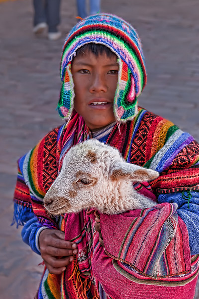 Early morning in Cusco we came across this boy with the Lamb asking us if we want to take his picture - the strange thing about it was that it was usually girls dressed up with the Lamb, not the boys....