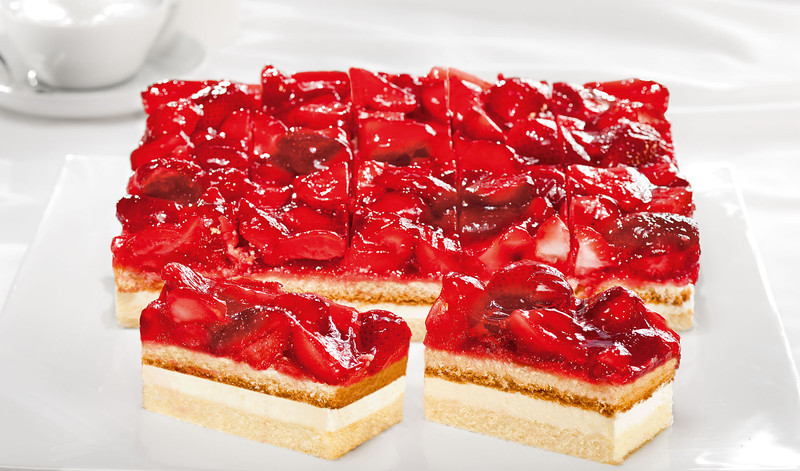 Producer code 588JNG 470999EAN 4002197005888 - PFALZGRAF Strawberry Fruit Slice Maasikakook 2,9kg (20tk)