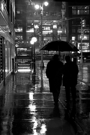 Day 186 -It's another rainy night in NYC.  Not much to say about this one, except it's a good lesson to those who don't take umbrellas with them when they have to go to kinkos at 10:30 pm for school supplies.  Giving up color for Lent.