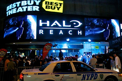 Day 009 -Today's photo was taken shortly after midnight at the Halo Reach realease event in Times Square.  I didn't wait around to get a copy and it seemed kind of lame, but an event none the less.
