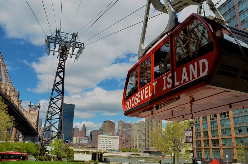 Day 237 -I finally got to ride the Rosevelt Island Tramway.  It was quite smooth and as you can see a nice day for photos.  The only bad part was that my favorite Rosevelt Island residents weren't with me on the ride.