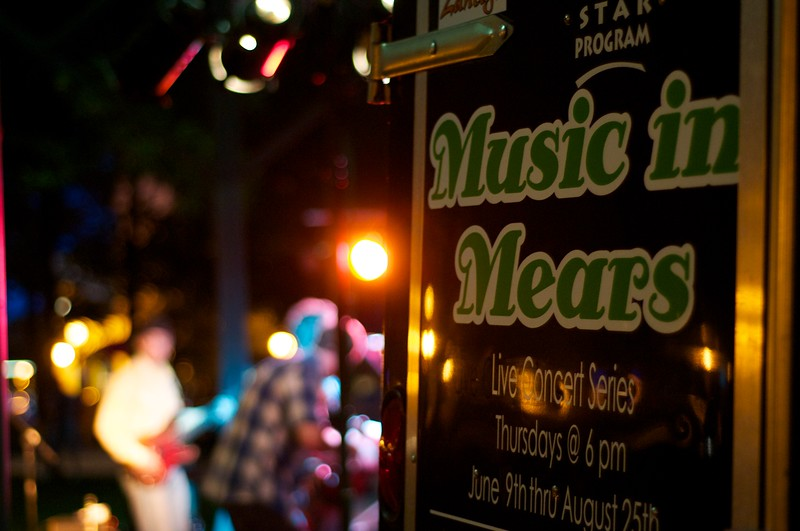 Day 340 -The neighborhood had music on Thursdays.  A nice little band was jamming in front of a decent crowd.  A perfect night to enjoy some free music.