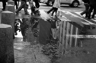 Day 230 -Yet another rainy day in the city, but more often than not, rainy days make for good photos.  My last day of Lent and tomorrow I'm back on sweets and color.  That means choc chip cookies for breakfast.  Gave up color for Lent.