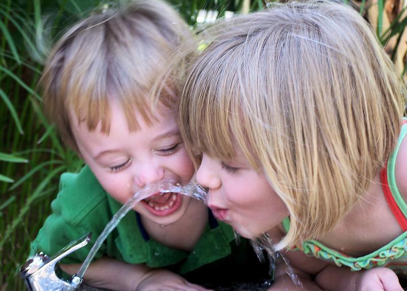 Jill Davol's grandkids 2007