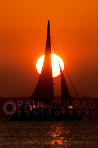 © Paul Conrad/Pablo Conrad Photography  The Sun sets over Bellingham Bay in Bellingham, Wash.
