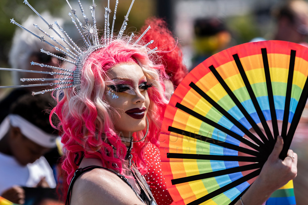 2019 Bellingham Pride Parade - Bimbo prepares for the 2019 Bellingham Pride Parade while staging at the intersection of Cornwall Avenue and Ohio Streets on Sunday morning July 14, 2019, in Bellingham, Wash. (photo © Paul Conrad/Paul Conrad Photograpy)
