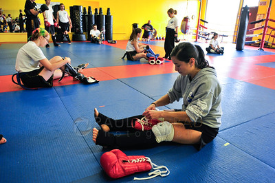 © Paul Conrad/Pablo Conrad Photography - Arjahn David Neal Brown and Kru Yai Katherine Holmes lead Modules 2 and 3 during the PNW Muay Thai Camp at Total Confidence Martial Arts in Bellingham, Wash.