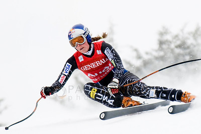 © Paul Conrad/Pablo Conrad Photography American Lindsey Vonn of Vail, Colo., tears down the slope during her downhill run at the Aspen Winternational FIS World Cup on Aspen Mountain.