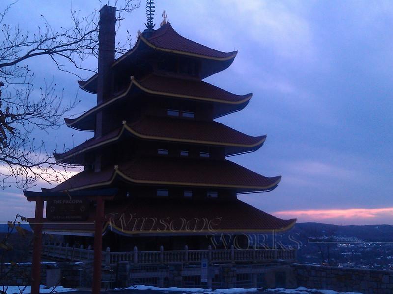 Reading Pagoda in sunset (Pennsylvania)  - 10/31/2011
