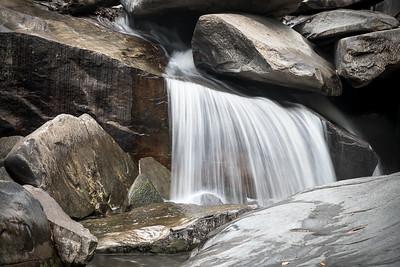 Расплющенный водопад