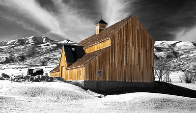 HDR rendering of barn in Midway Utah.  PSE