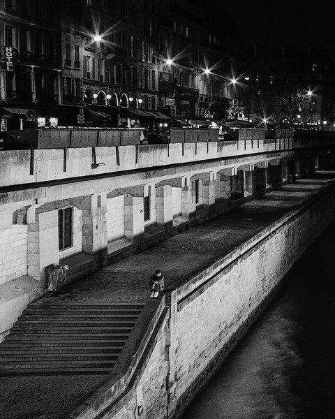 Midnight along the Seine, Paris